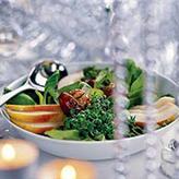 Салат с пармезаном и грушей