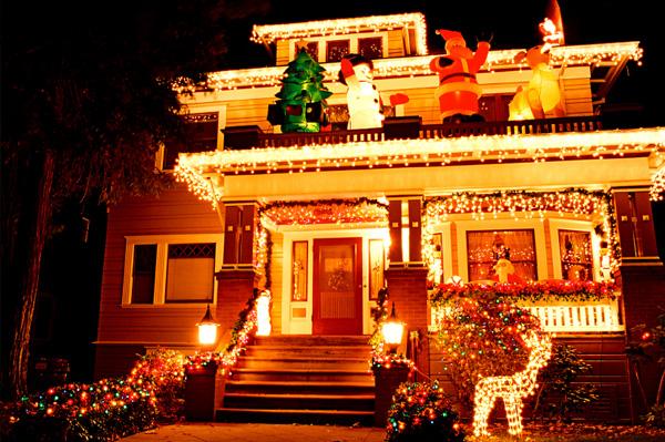 Рождественские украшения домов