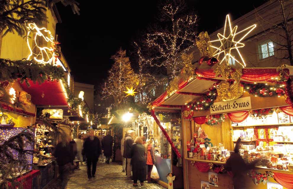 Уличный рождественский базар в Германии